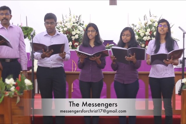 The Messengers - Angels We Have Heard On High| Christmas Songs 2017