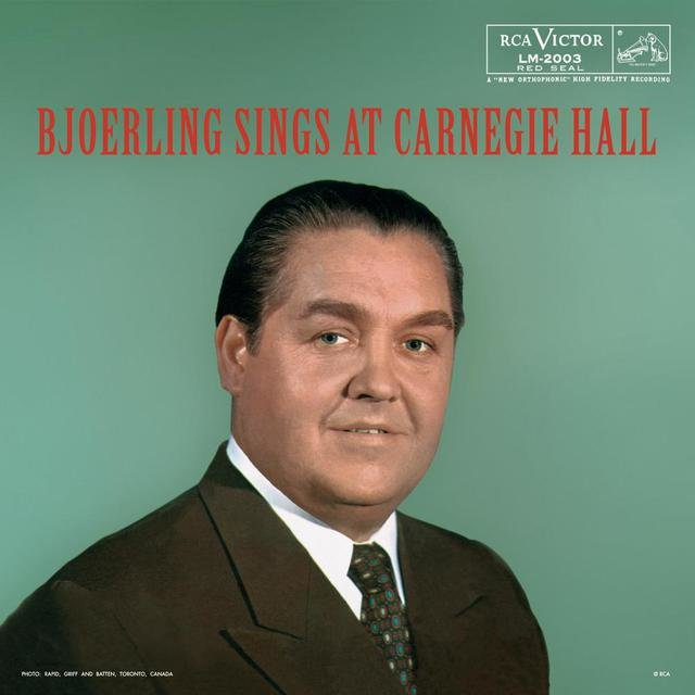 Björling sings at Carnegie Hall