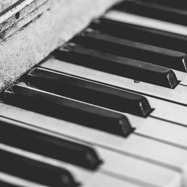 The Focus of Powerful Piano - a Compilation of Timeless Classics for Deep Focus at Work or at Home