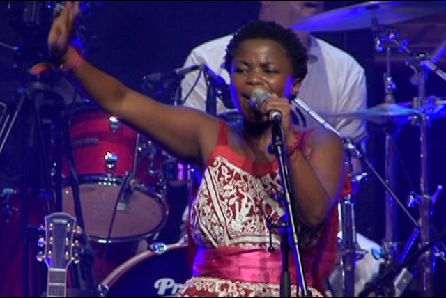 Ma' Cheri (Live in Johannesburg at the Sandton Convention Centre, 2008)