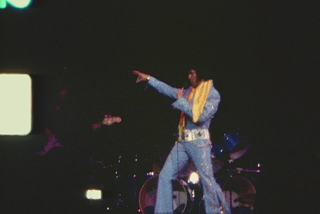 Suspicious Minds (Prince From Another Planet, Live at Madison Square Garden, 1972)