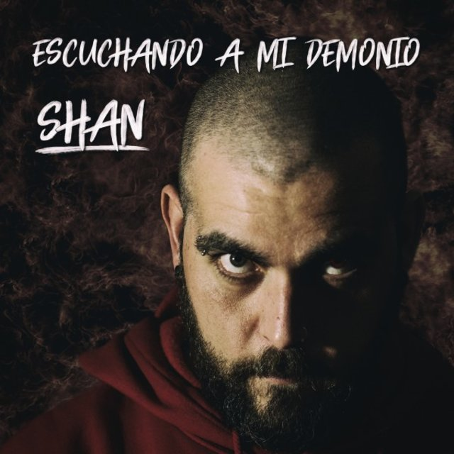 Escuchando a Mi Demonio
