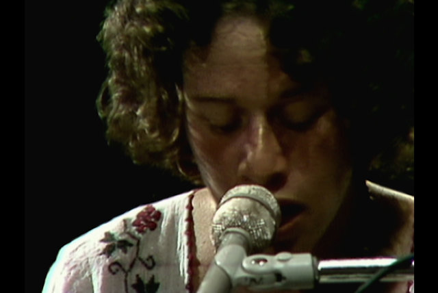(You Make Me Feel Like) A Natural Woman (Live at Montreux, 1973)