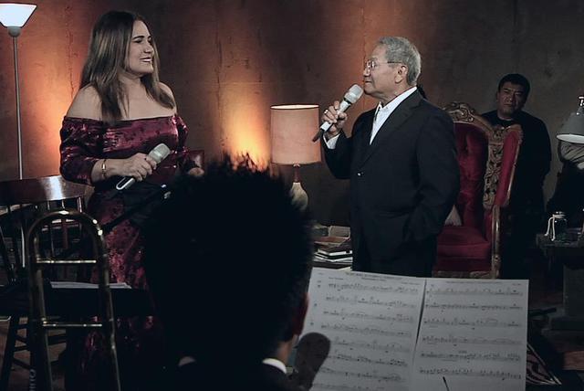 Armando Manzanero - Mi Historia Entre Tus Dedos