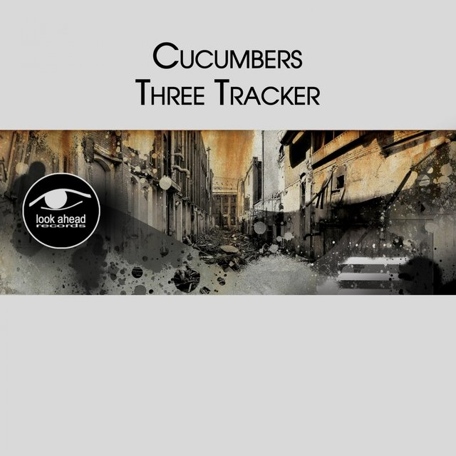Three Tracker