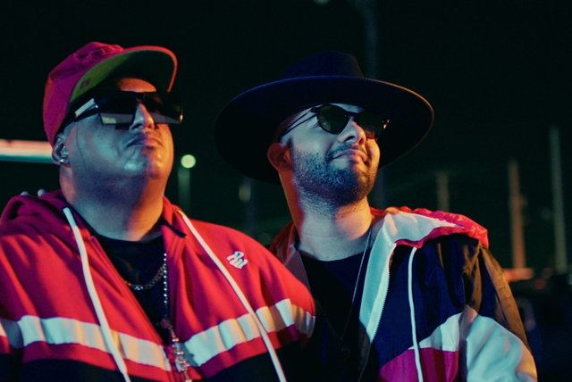 Es Hora de Bailar (Official Video)