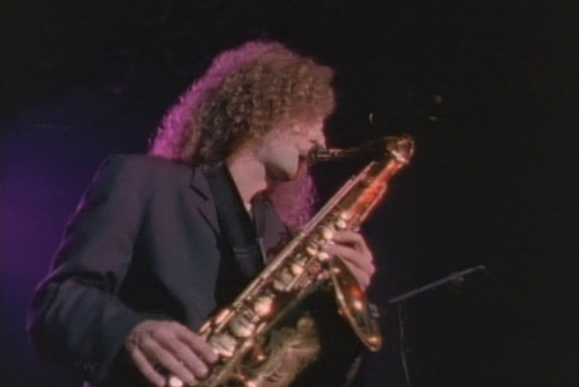 Midnight Motion (from Kenny G Live)