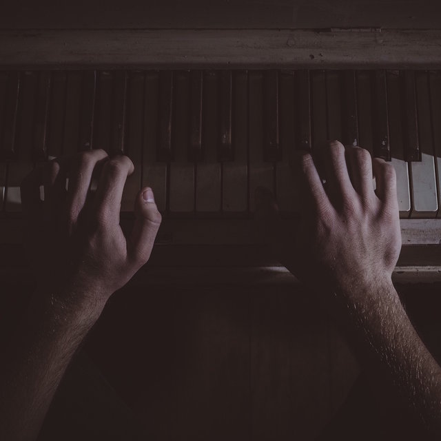 40 Essential Modern Classics of the Piano