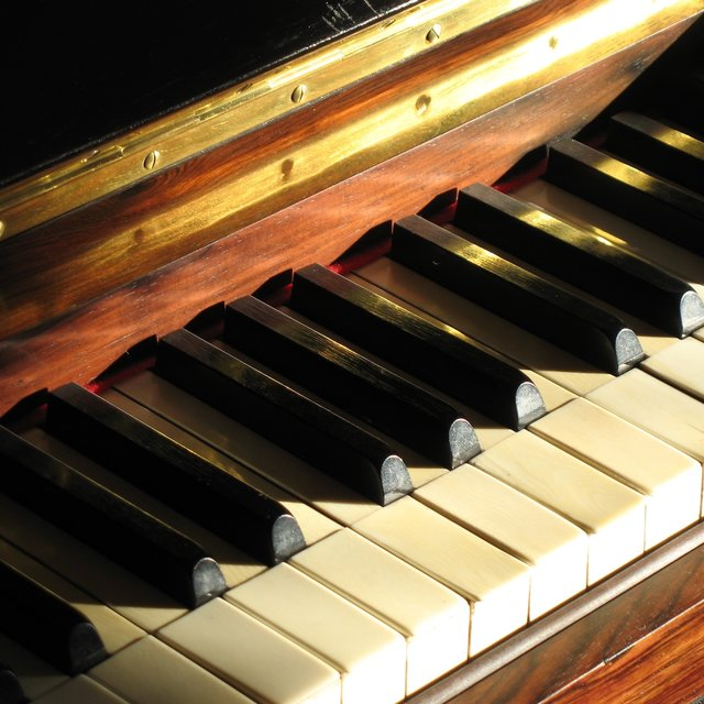 Piano Therapy - Gentle Healing Chords to De-Stress and Relax