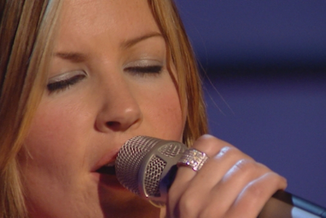 Life for Rent (Top of the Pops10/10/2003)
